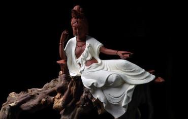 Modern Chinese Style Porcelain Ceramics Guanyin Ornament Handicraft (white)