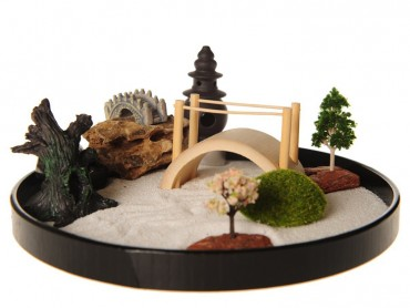 ICNBUYS Zen Garden with Boat Bridge Japanese Censers Set
