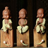 Buddha Figurine; Buddha Ornament; Buddha Porcelain Handicraft; Buddha Figurine Handmade; Q-Version Sakyamuni/ Guanyin/ Ksitigarbha Buddha Original Porcelain Ornament Handicraft with wood block base